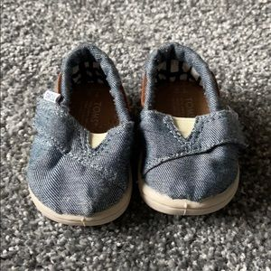 Size 2 Denim TOMS for baby
